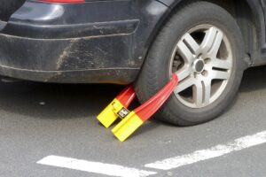 What-happens-if-you-don't-pay-a-parking-ticket