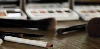best-drugstore-eyeliner