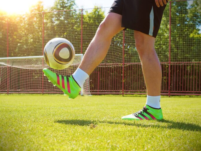 football-cleats-online.